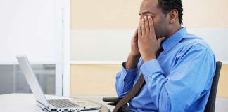 Usar o computador por mais de três horas ao dia pode causar Síndrome Visual