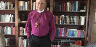 Bispo que se recusou a permitir casamento gay na Diocese, apela da punição