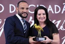 Deputada federal Lauriete é homenageada pela Câmara Municipal de Guarapari