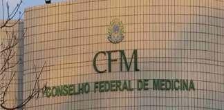 Conselho Federal de Medicina reduz idade mínima para mudança de sexo