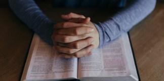 Esboço de Sermão || Substituições indevidas no movimento pentecostal