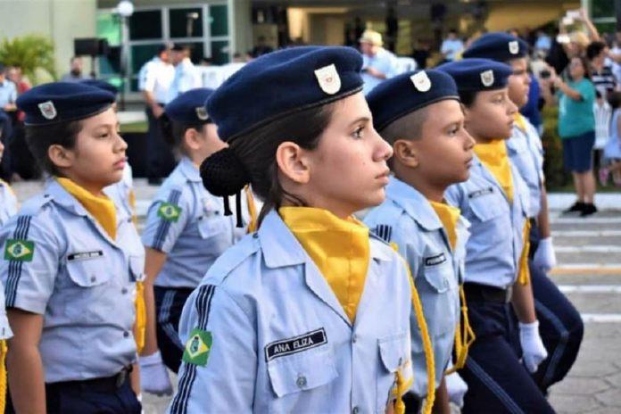 Primeira escola Cívico-Militar do Espírito Santo é inaugurada em Montanha