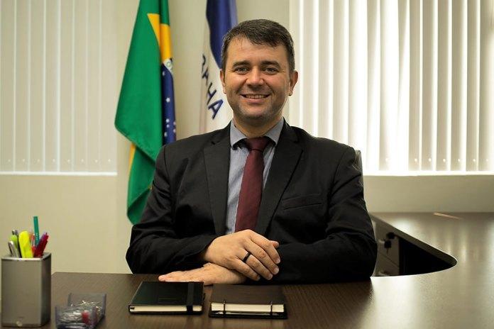 Secretário de Estado da Saúde do ES se reúne com representantes da Sociedade Brasileira de Infectologia e Atenção Primária