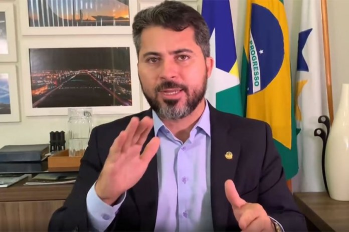 Senador defende reabertura de templos religiosos