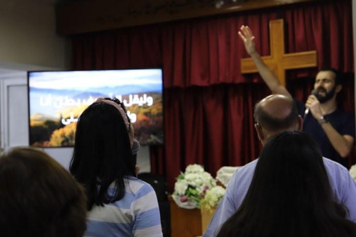 Após quarentena Igreja síria fica sem pastor