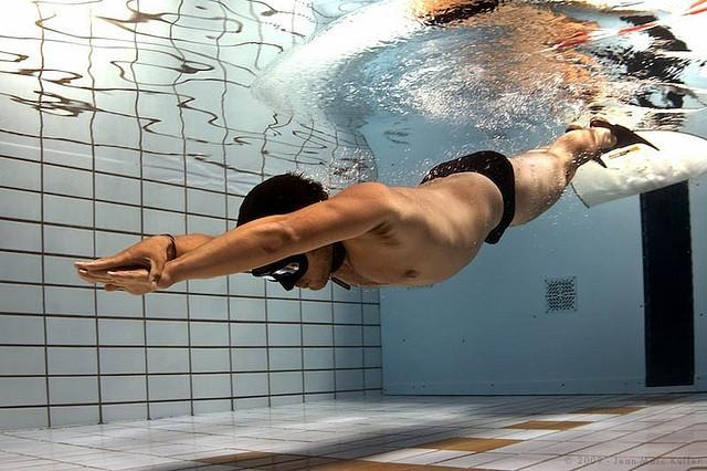 diving-in