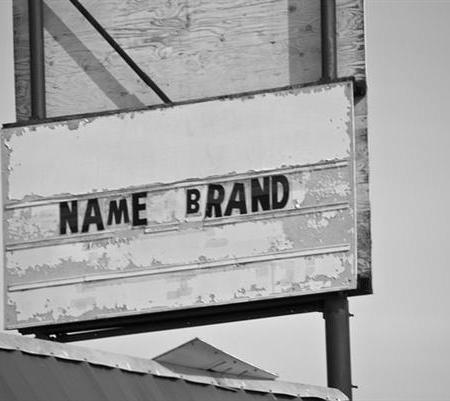 common name brand sign