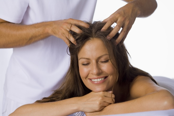 massage the scalp