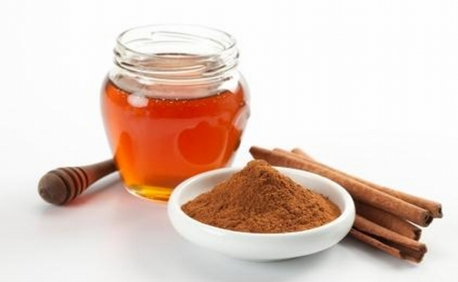 Use Of Mixture Of Cinnamon And Honey