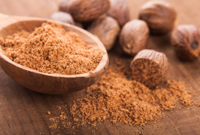 Use Nutmeg To Drive Out Blackheads