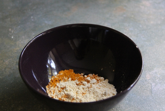 Gram Flour And Turmeric Paste