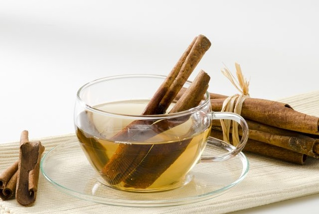 Drink Cinnamon Tea For Calming The Throat