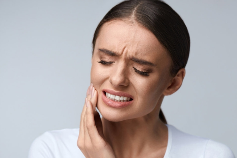10 Home Remedies For Tooth Abscess