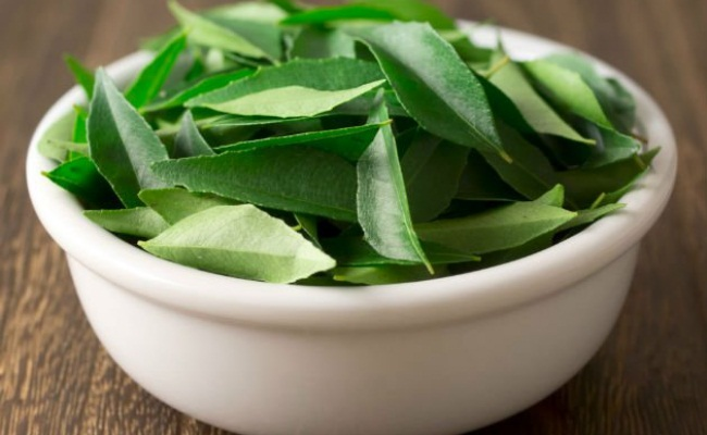 Curry Leaves To Your Diet