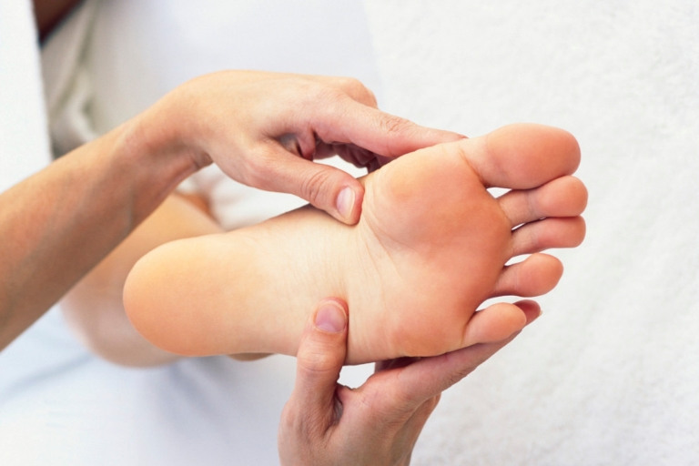 7 Amazing Home Remedies For Itchy Feet