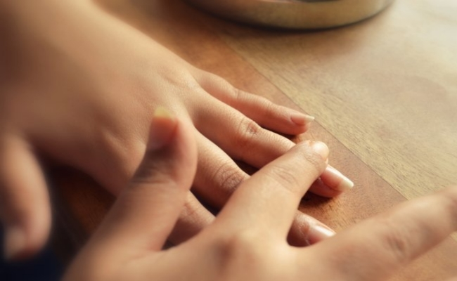 Home Remedies For Cracked Fingers