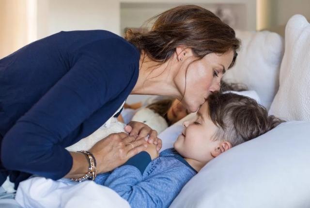 Encourage The Child To Sleep/Rest