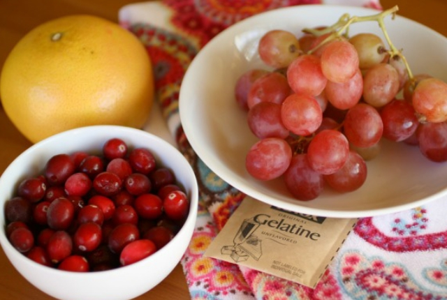 Cranberries With Grapes And Lemon