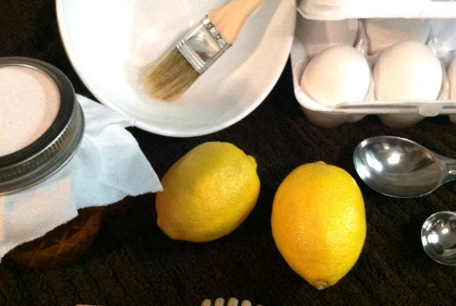 Lemon egg avocado mask