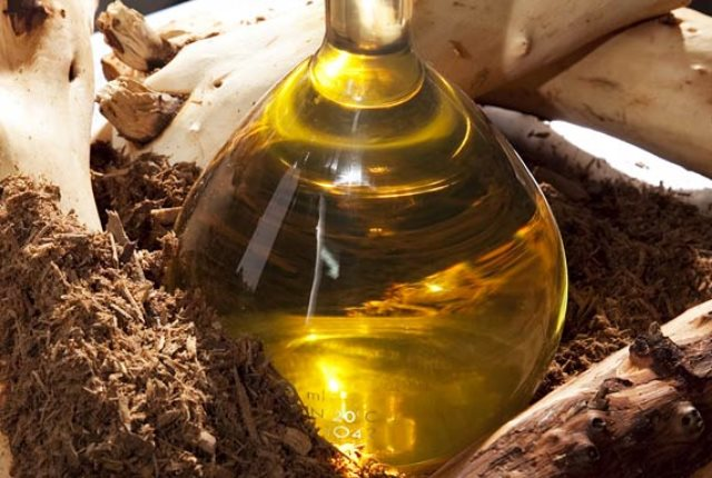 Sandalwood Oil Massage