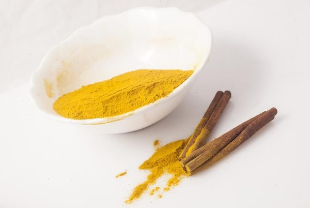 Use Turmeric With Cinnamon Powder
