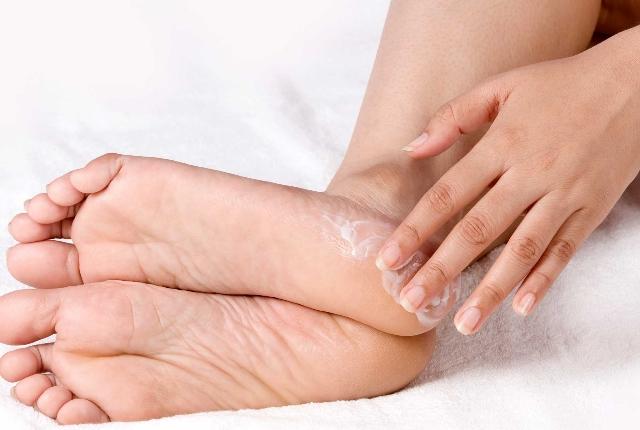 Helps heal sore feet