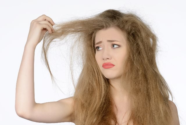 Tips to Manage Frizzy Hair