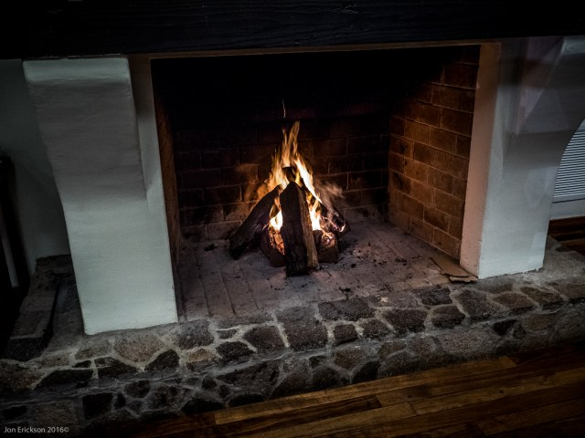 When we walked into Laja last night for dinner we knew were going to enjoy the meal as there was a fire in the fireplace.