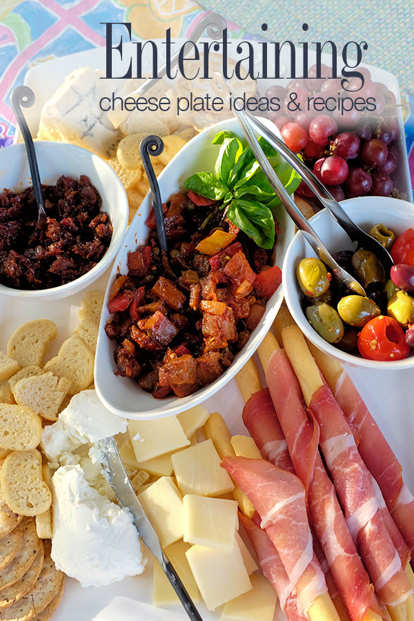 Entertaining made easy with a cheese plate and bruschetta bar. Ideas and recipes | seasonalmuse.com