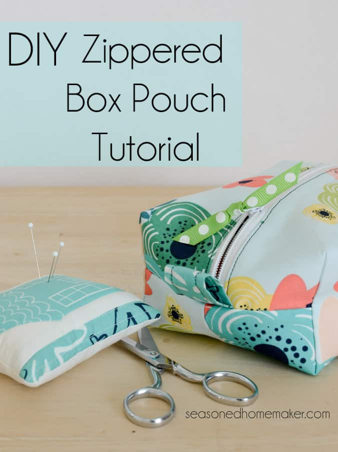 Cute and Colorful Fat Quarter Projects featured by top US sewing blog, Flamingo Toes: Want an easy DIY Sewing Project. Learn how to sew simple DIY Zippered Box Pouch. All you need are a few fat quarters and the ability to sew a straight stitch. sewing | DIY