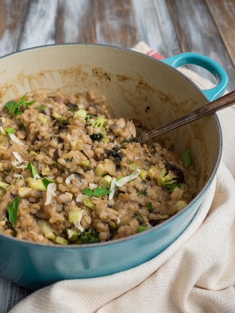 Mushroom Barley Risotto | An easy barley risotto flavored with leftover beer. Combined with mushrooms and roasted broccoli for a hearty weeknight dinner. | seasonedvegetable.com