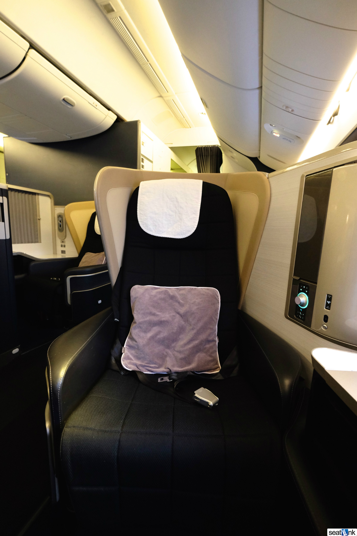 British Airways 777 First Class Lhr To Sea Review The