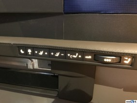 Very intuitive seat and lighting controls