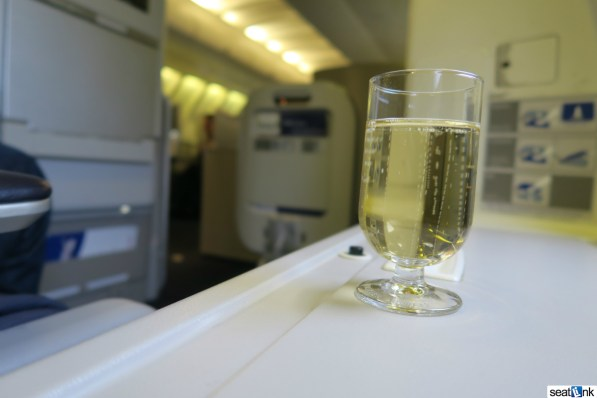 British Airways Business Class Review 747-400 Upper Deck 19