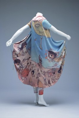 A 2004 design by Issey Miyake (Collection of the Kyoto Costume Institute, Gift of Issey Miyake INC.)