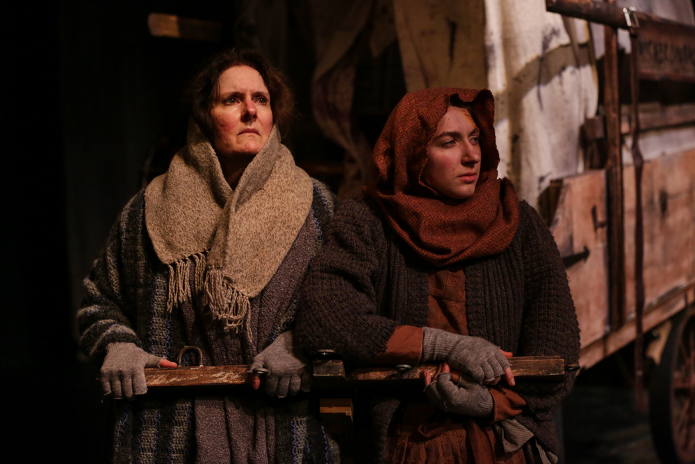 Mother Courage and Her Children (2015).