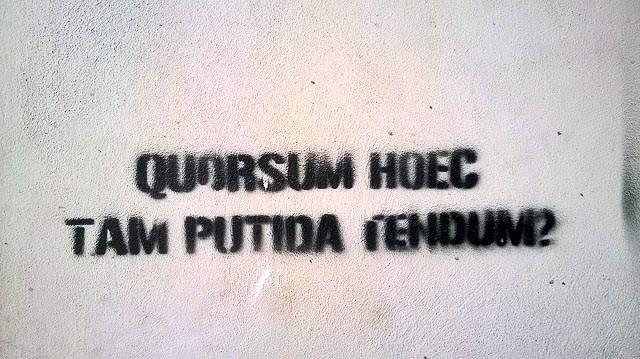 Graffiti, Tomtom, Istanbul. Photo by Denis Boucquet.Licensed CC-BY.