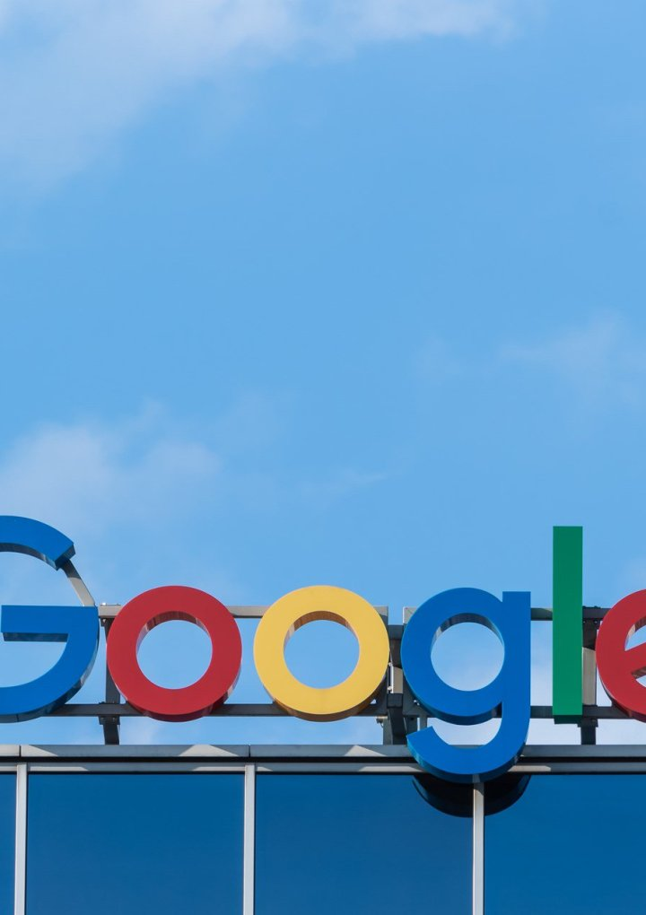 "Google is Burying Alternative Health Sites to Protect People from ""Dangerous"" Medical Advice"