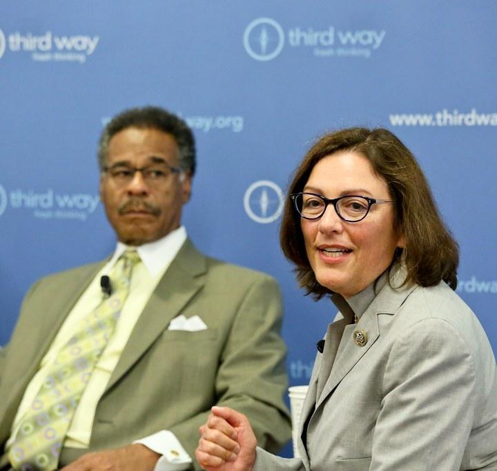 Moderate Democrats Back a Privacy Bill, Minus the Privacy