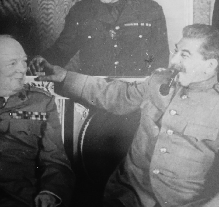 """""""The Jokes Always Saved Us"""": Humour in the Time of Stalin"""
