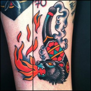 bear-pipe-tattoo