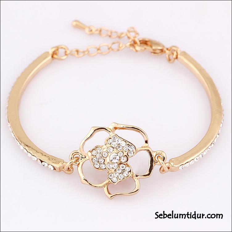 gelang tangan emas model baru