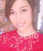 ショコラの茜(赤い服)