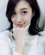 ショコラの茜(白い服)