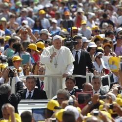 Il Vaticano ai leader musulmani: condannate i crimini dell'Isis