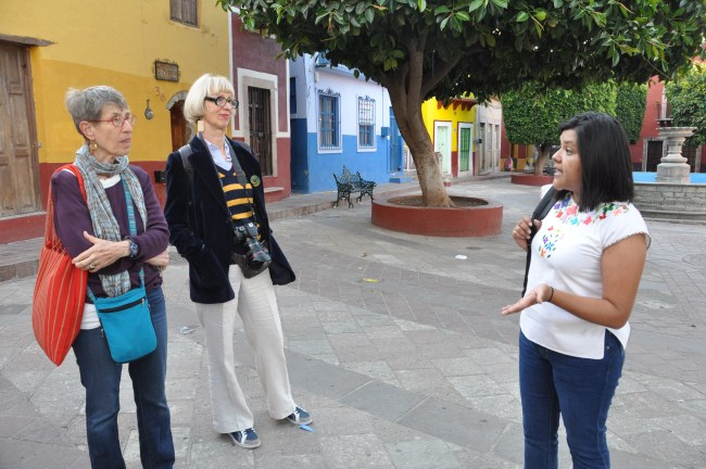 Walking tour on Día de las Flores with one of Escuela Falcon's teachers