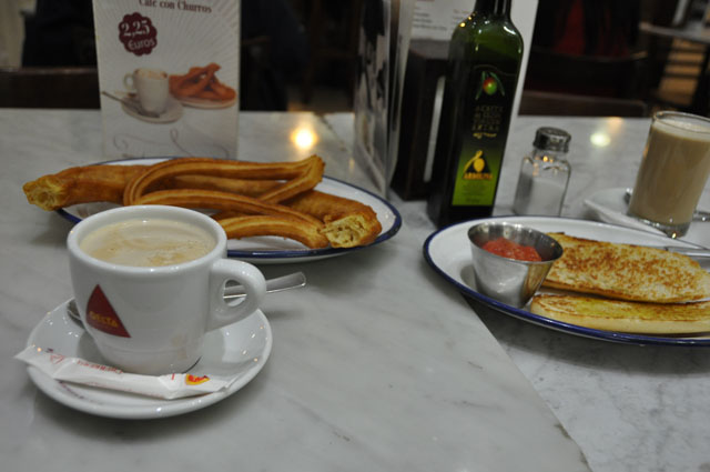 My very kind Airbnb host took me out for a typical Spanish breakfast: churros, café con leche, and pan con tomate