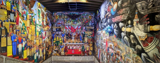 """Mural""""La historia de Tlaxcala y su contribución a lo mexicano""""(The history of Tlaxcala and its contribution to Mexican identity), State Government Palace of Tlaxcala"""