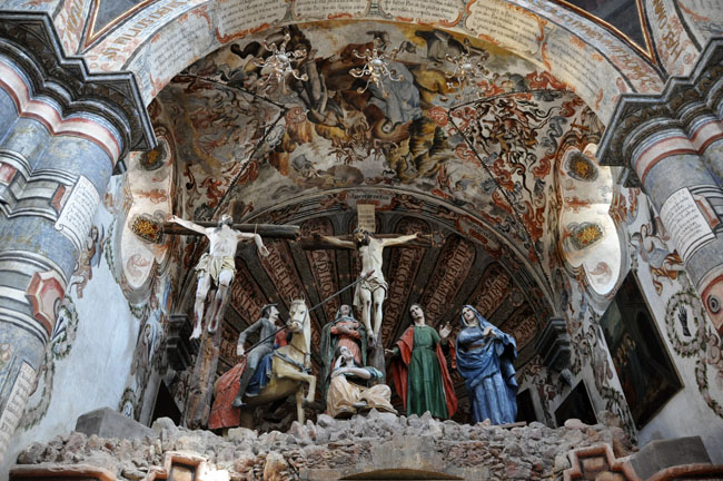 The Sanctuary of Atotonilco, known as the Sistine Chapel of Mexico, makes an interesting day trip from San Miguel de Allende.