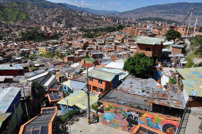 Comuna 13 tour, Medellín